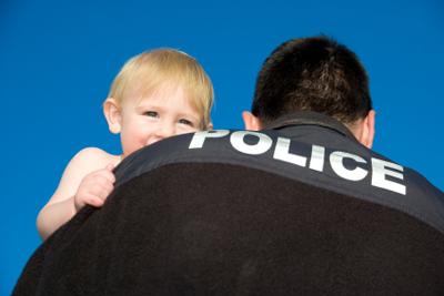 Polícia odoberá dieťa