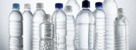 Prečo nepiť vodu z PET fliaš? Ak nie kvôli prírode, tak pre toto určite