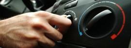 Poznáte nebezpečenstvo zapnutia klimatizácie hneď po naštartovaní auta?