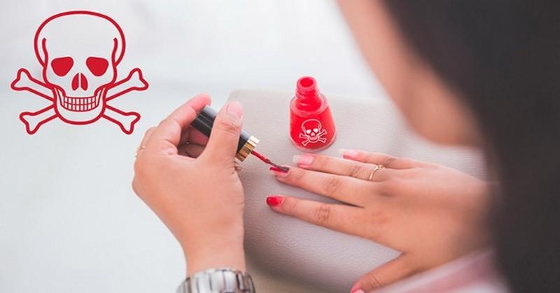 toxické laky na nechty