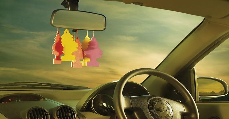 Milý vodič Uberu, okamžite, prosím, prestaň používať osviežovače vzduchu
