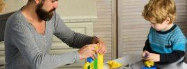 Podľa pediatrov potrebujú deti jednoduché hračky, nie iPady a elektroniku