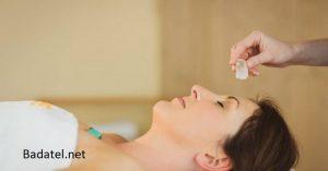 Štyri kroky, ktoré kombinujú váš dych s krištáľmi do účinnej liečby