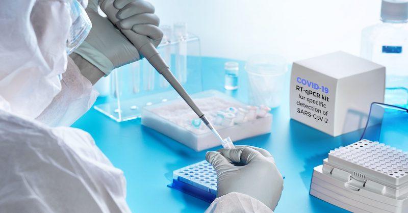 Vedci dočista zlyhali vdôkaze, že koronavírus spĺňa 4 Kochove postuláty