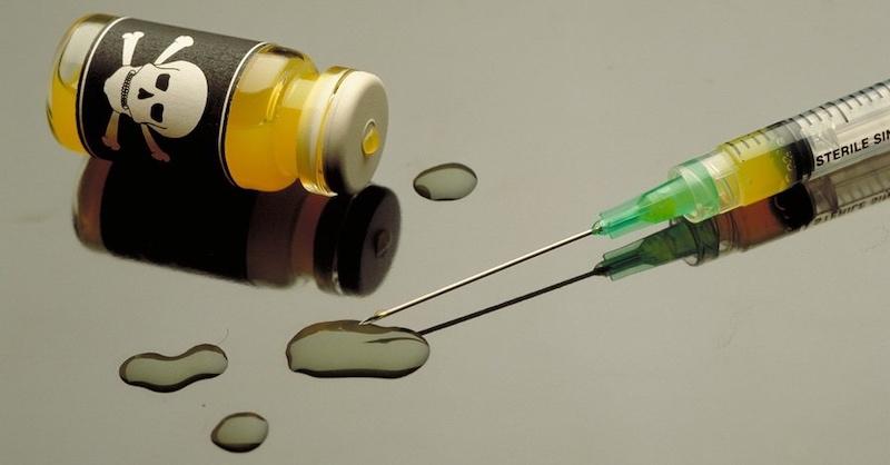 Briti sa pripravujú na vlnu úmrtí zvakcín, označia ich za úmrtia na COVID-19