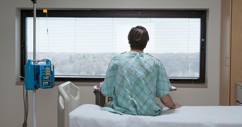 Profesora farmácie zavreli na psychiatriu pre spochybňovanie oficiálneho kovidového naratívu
