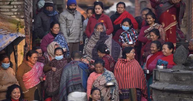 Nepál odaugusta zrušil lockdowny, žijú normálny život a úmrtia klesli na nulu