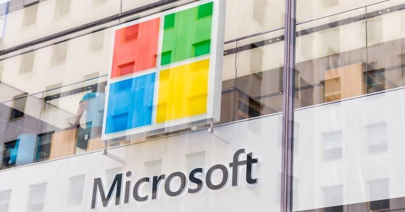 Gatesov Microsoft spriateľmi chcú zničiť internetové súkromie