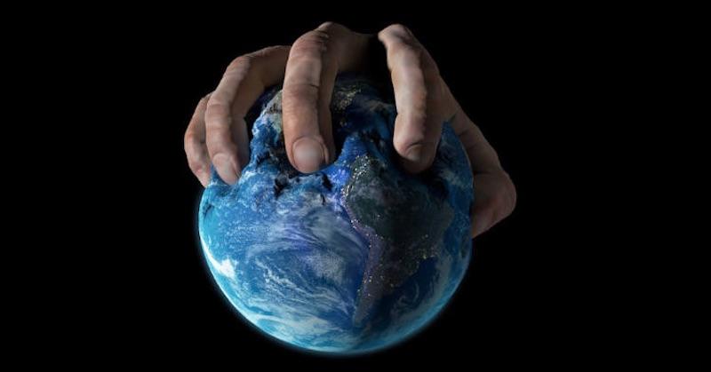 Nulový uhlík a nulový covid: Strašidelné dvojčatá planetárnej genocídy
