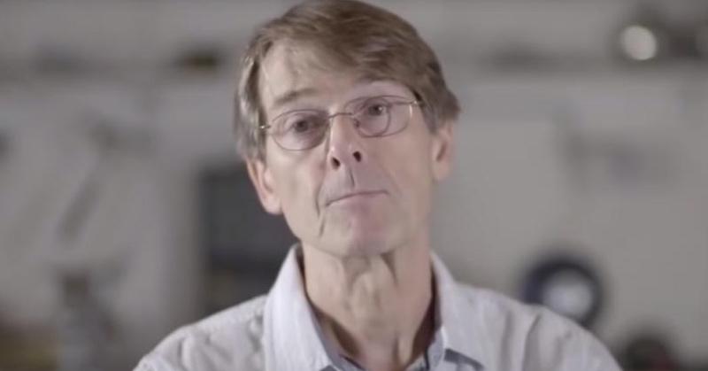 Bývalý viceprezident Pfizeru naliehavo varuje ľudstvo pred covidovými vakcínami