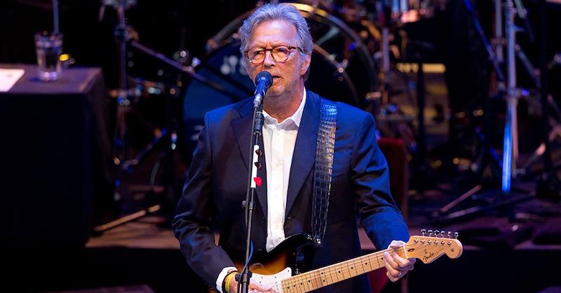 """Eric Clapton po očkovaní: """"K tej ihle som sa nemal nikdy priblížiť"""""""