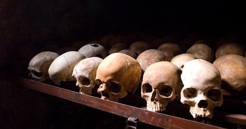 Medzinárodnému trestnému súdu boli predložené nové dôkazy o covidovej genocíde